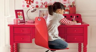 Хороший письменный стол для ребенка – залог успеха в учебе