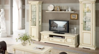 Витрина для посуды — старомодный предмет мебели или новая тенденция в дизайне?