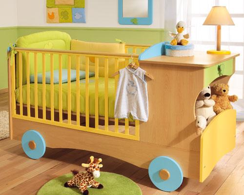 Детская кроватка для новорожденных