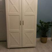 Деревянный распашной шкаф Глория