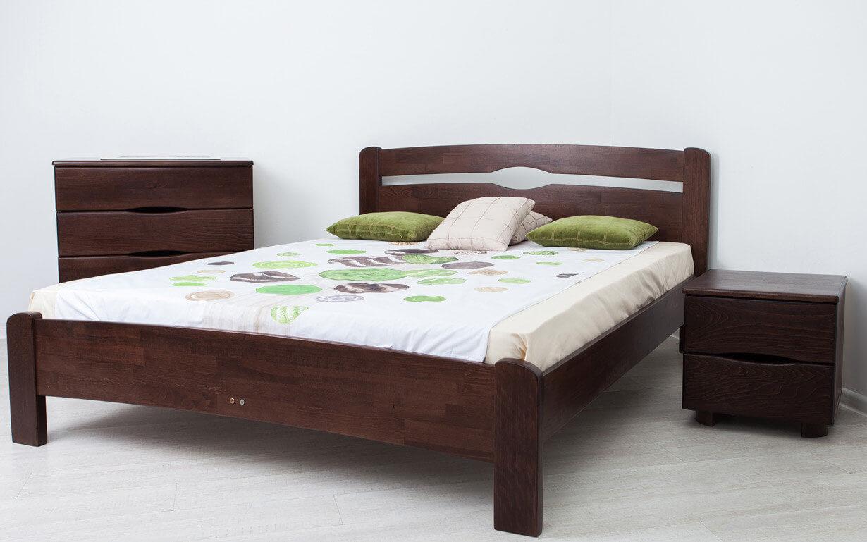 купить кровать из натурального дерева